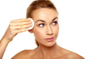Tips to Help You Avoid Having Oily Skin
