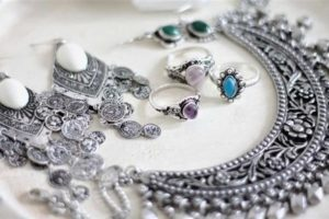 5 Things You Didn't Know About Silver Jewelry